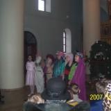У вертепа. Дети из Воскресной школы Всехсвятского храма